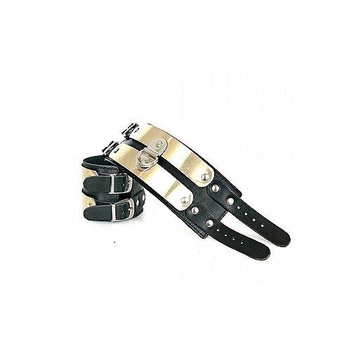 Кожаные секс наручники с полосками из латуни